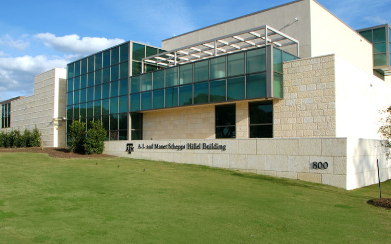 Texas A&M Hillel Student Center